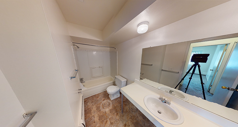 Spa-Like 1-Bed Bathroom